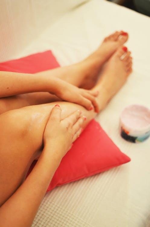 woman-legs-relaxation-beauty