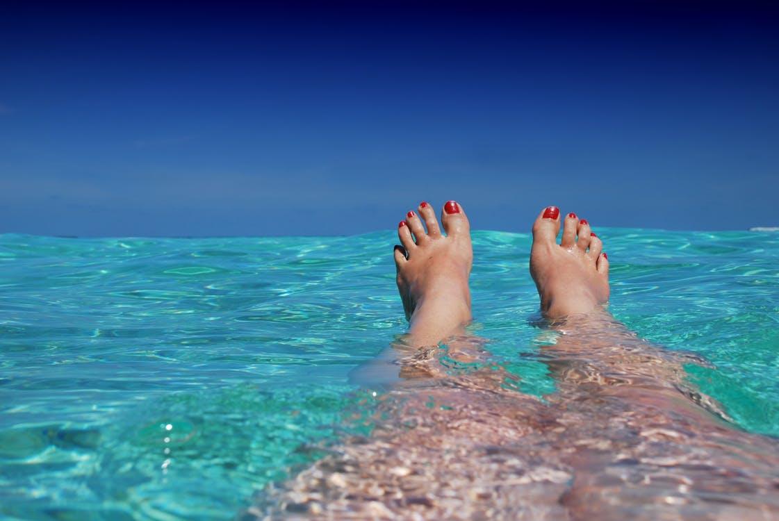 maldives-ile-beach-sun-37921